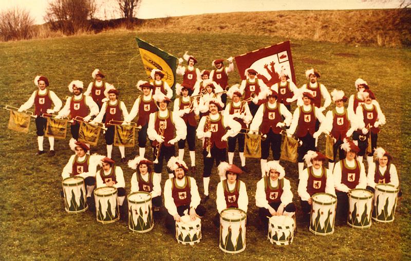 Gruppenfoto des FZA zum 17-jährigen Jubiläum 1975