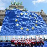 Der Fanfarenzug bei der EU-Osterweiterung in Brüssel 2004